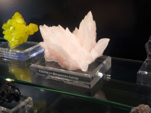 manganocalcit 6800
